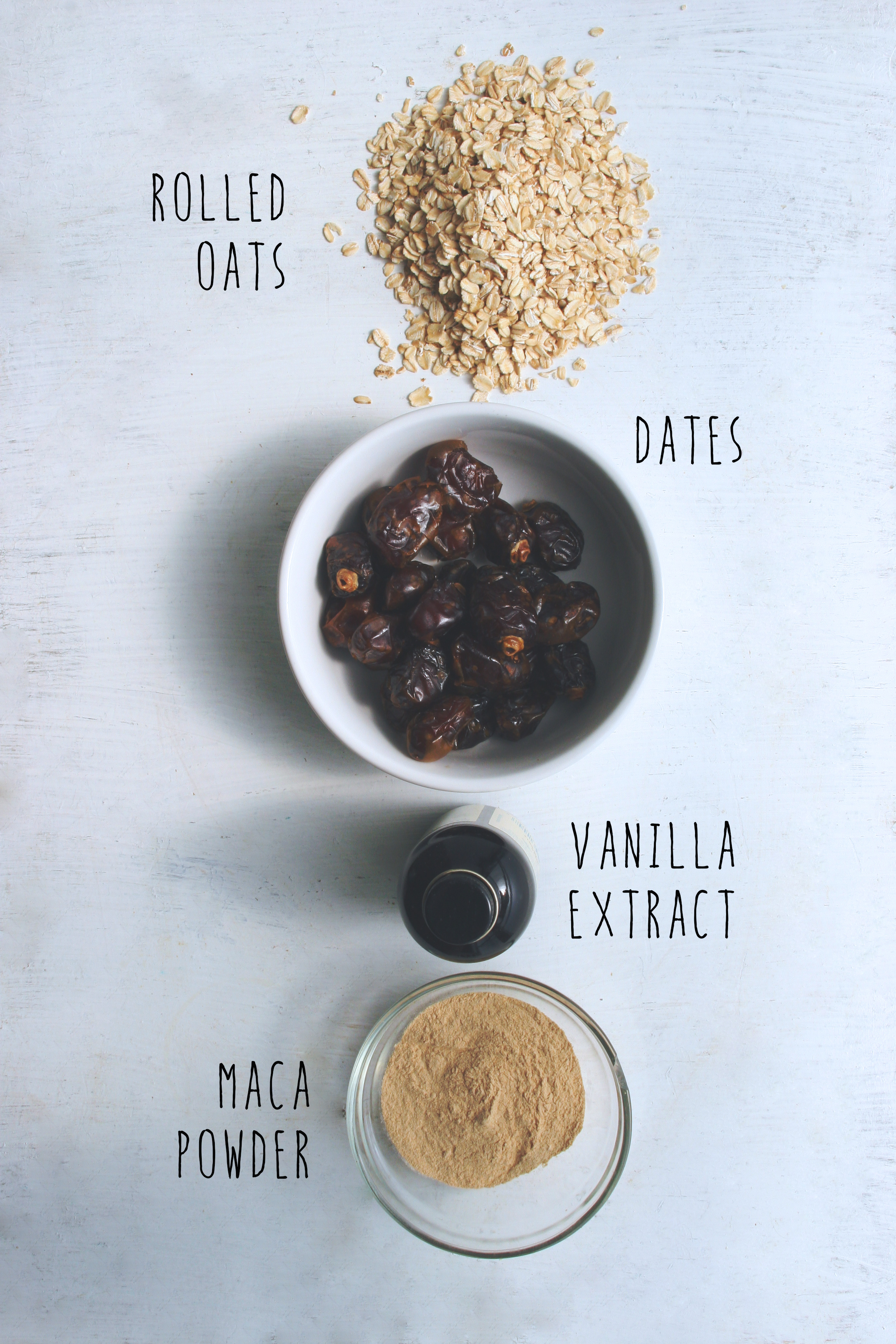 vanilla maca bliss balls // the EASIEST energy fueling raw, vegan snack made with just 4 ingredients