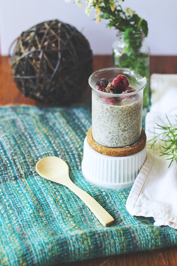 vanilla chia pudding with berries #raw #vegan #recipe