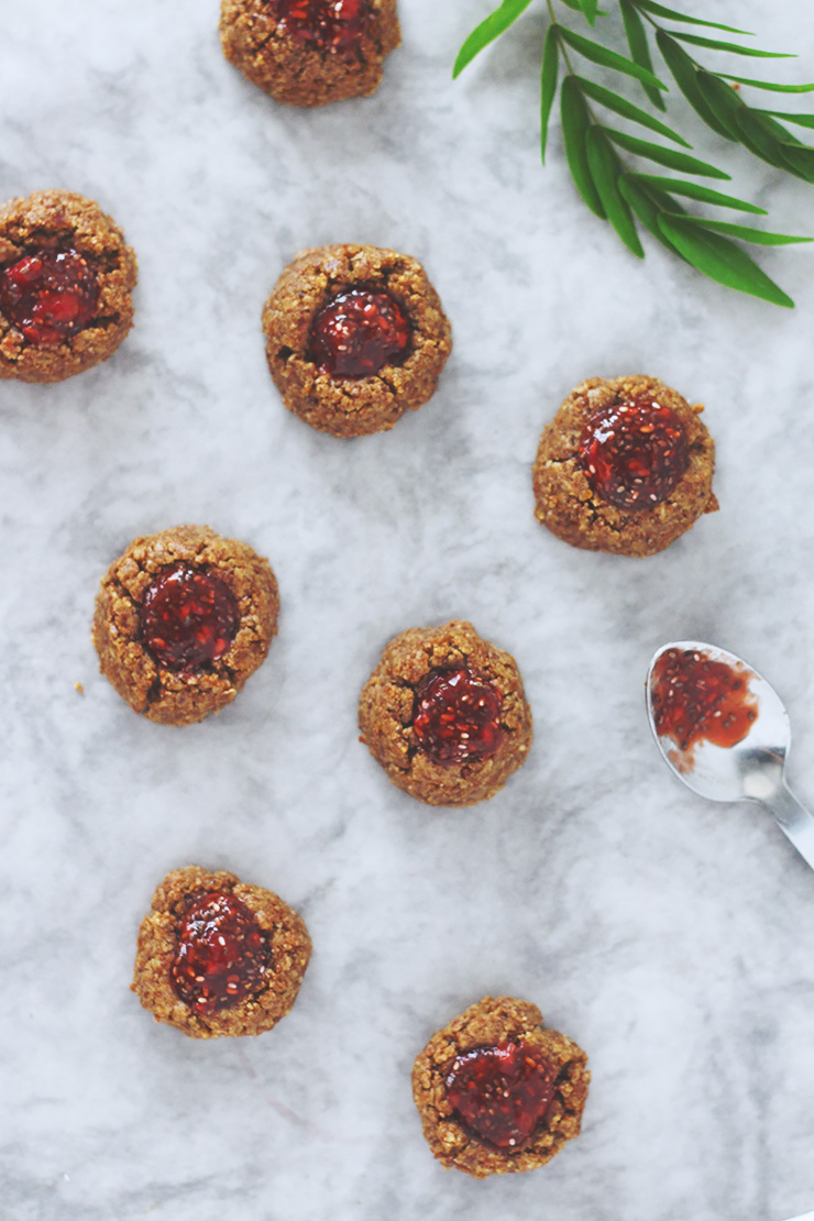 peanut-butter-thumbprint-cookies-23