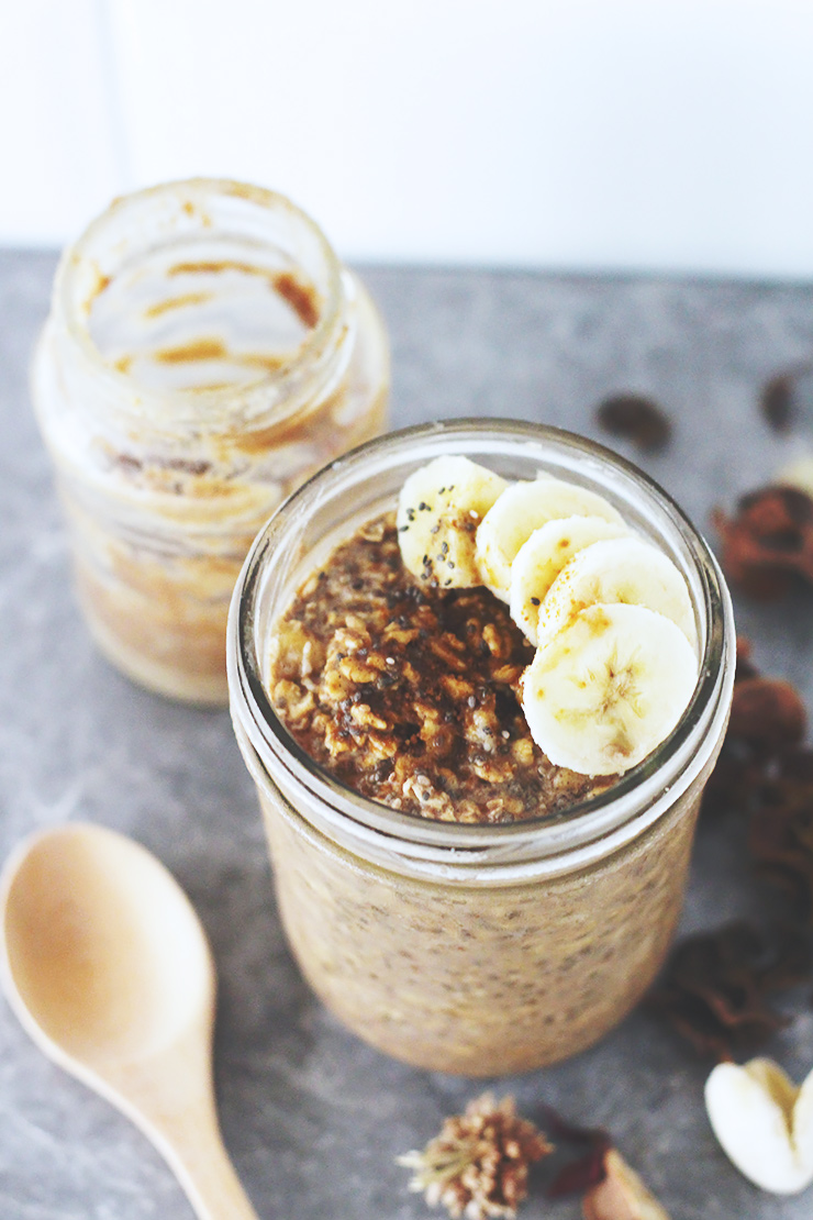 almond-butter-banana-overnight-oats-23