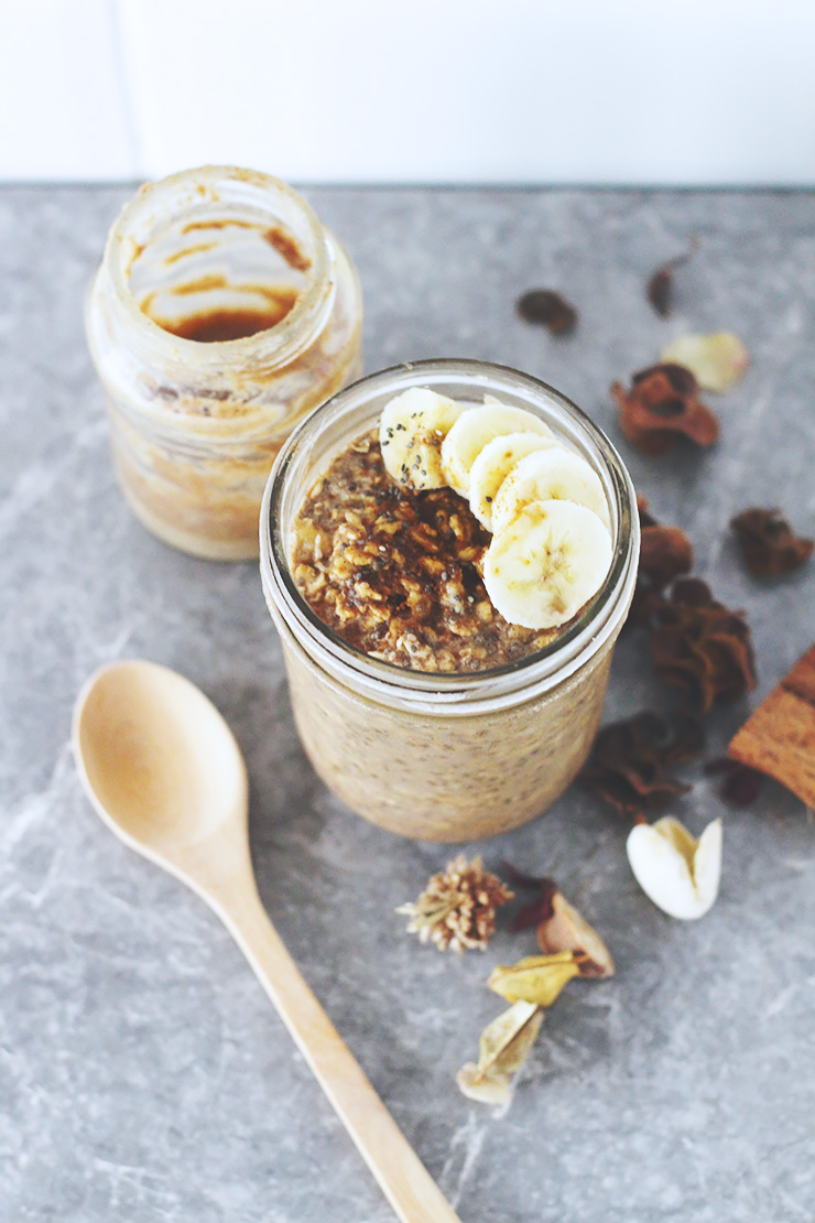 almond-butter-banana-overnight-oats-24