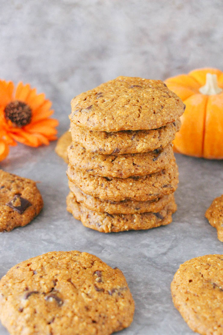 Tasty Tuesday // Pumpkin Chocolate Chip Cookies (Vegan + GF) | A ...