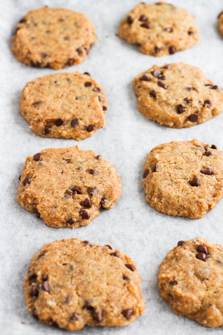 vegan & gluten-free chocolate chip cookies #vegan #glutenfree
